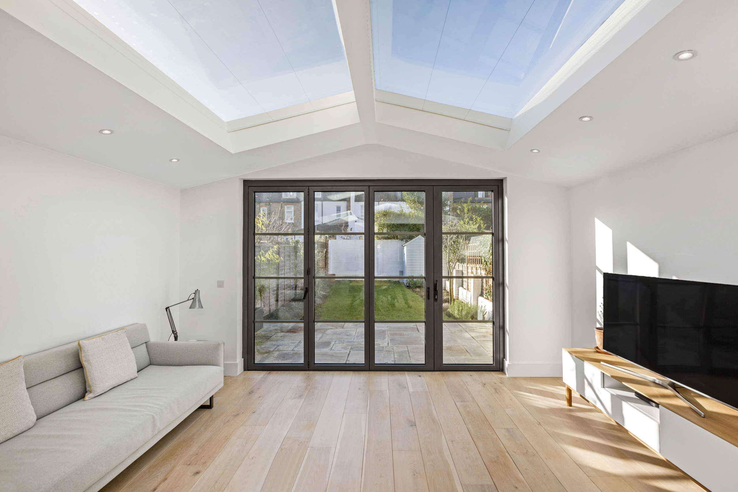London Roof Windows Installer Glazing Glass RoofingBespoke Made To Measure Aluminium